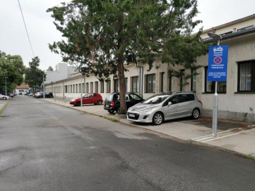 parking44